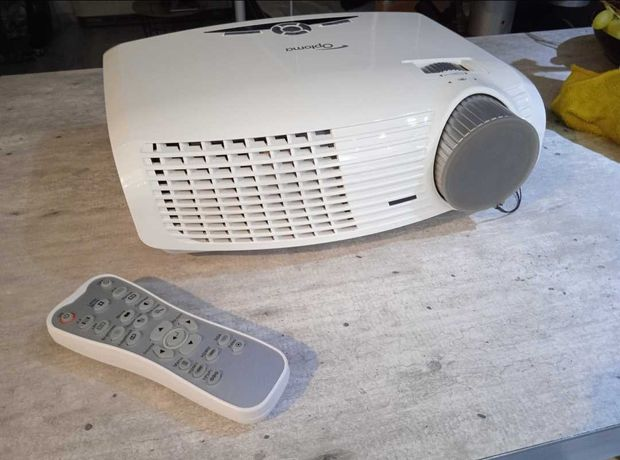 Projektor Optoma hd20 Full HD