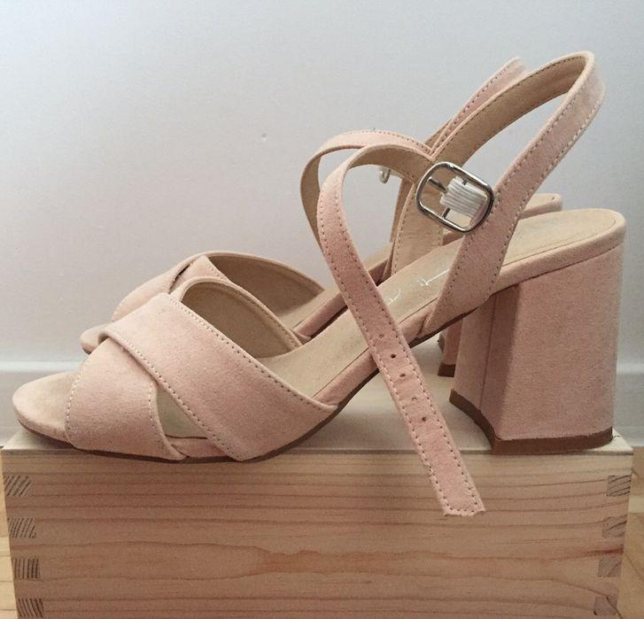 Sandały na obcasie Truffle Collection 36 Nidzica - image 1