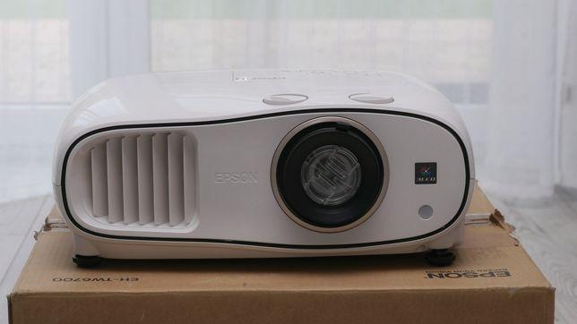Projektor Epson eh-tw6700 nowa lampa na gwarancji do września 2024roku