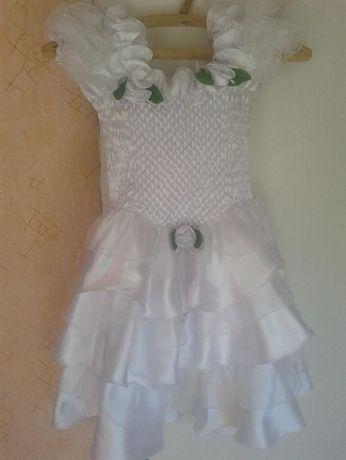 Платье на праздник на девочку