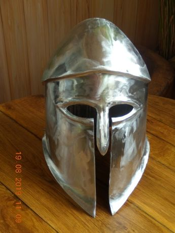 Продам спартанский шлем воина гоплита коринфского типа.