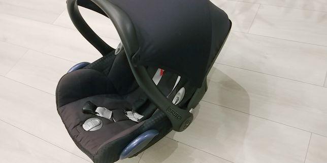 Fotelik. Nosidełko Maxi Cosi Cabriofix