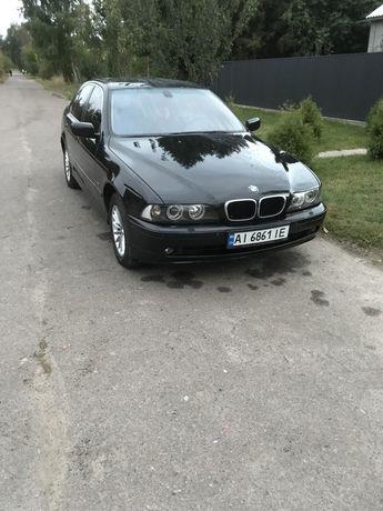 Продам автомобіль BMW 530i