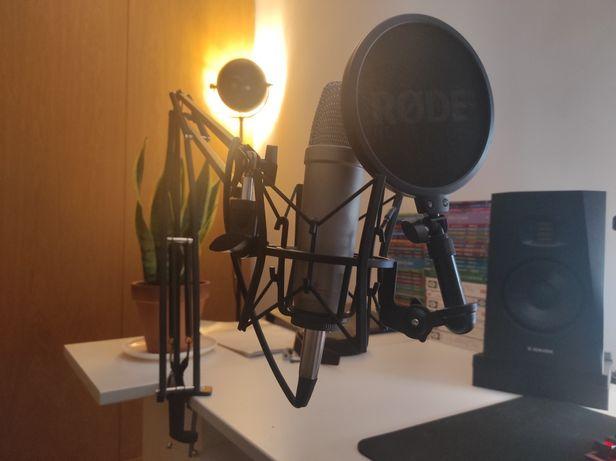 Microfone Rode NT1-A + Boom Arm (suporte de secretária)