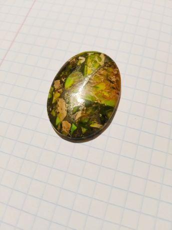 Кабошон натуральный камень овальной формы