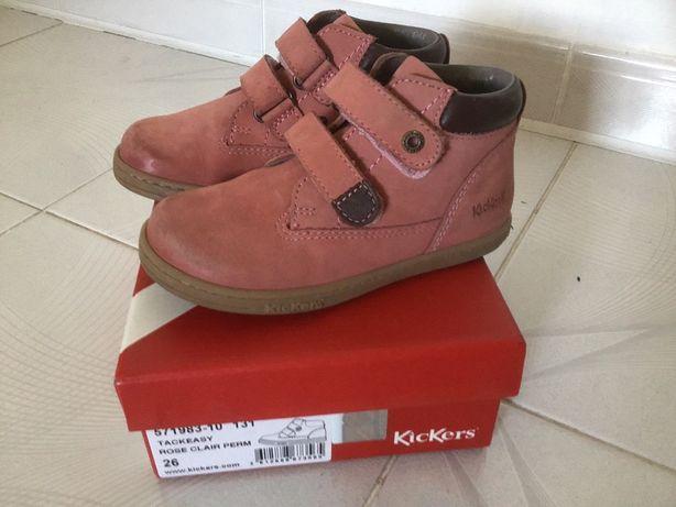 Buty dziecięce firmy Kickers rozmiar 26