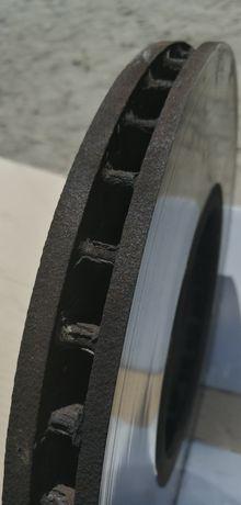 Продам тормозні диски БМВ Х5 17року
