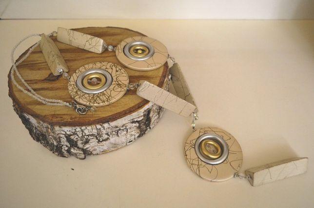Korale drewniano-plastikowe biel srebro złoto rękodzieło Dzień Kobiet