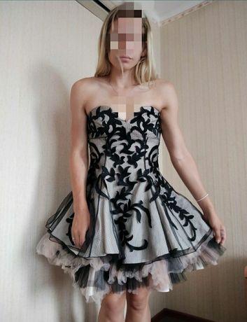 Nowa sukienka z koronką forever unique