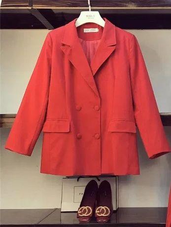 Новое женское красное демисезонное стильное пальто/пиджак M