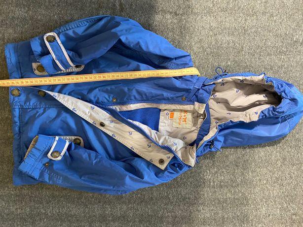 Куртка на 4 года демисезонная в идеальном состоянии