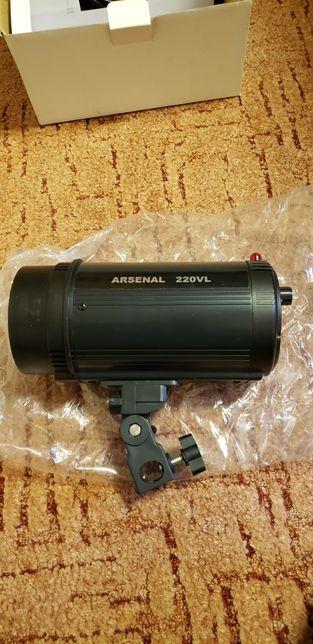 Студийная вспышка Arsenal ARS-VL-220A