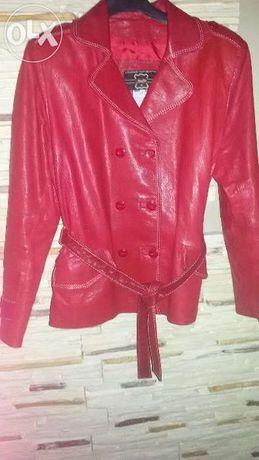 Skórzana czerwona kurtka