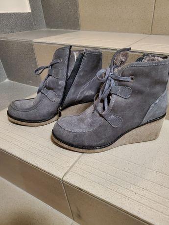 Теплющие зимние ботинки 39 размер Турция