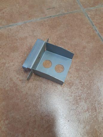 продам соединитель угловой (концевик, ухо)