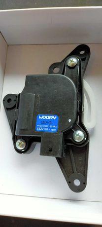 Моторедуктор заслонки отопителя ВАЗ 2170-2172 кондиционера Halla