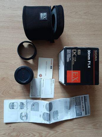 Obiektyw Sigma 30mm 1:1.4D EX DC HSM do Nikon