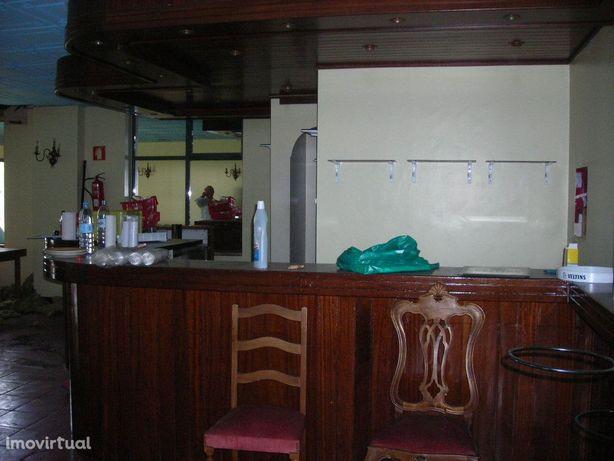 Loja  Venda em Nogueira, Fraião e Lamaçães,Braga