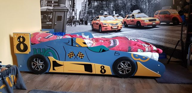 łóżko dziecięce auto autko samochodzik wyścigówka