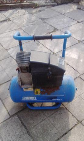 Компрессор ABAC 24 HP 2,5. Италия, 24 л.