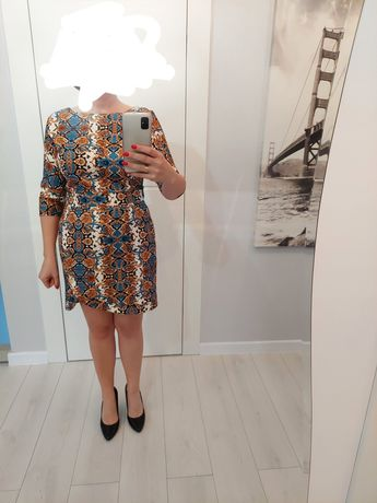 Sukienka L, wężowy wzór