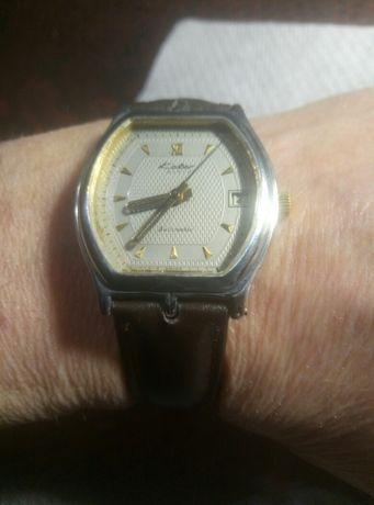Часы Колбер Швейцария ,с новым кожанным ремешком. 800 гр