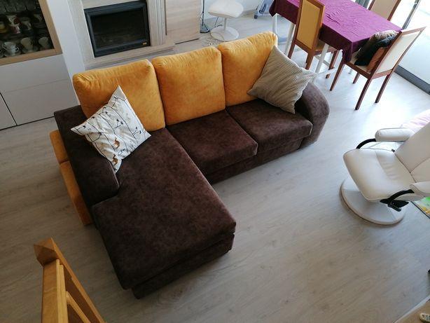 Sofá chaise long impermeabilizado e com tecido anti-gato