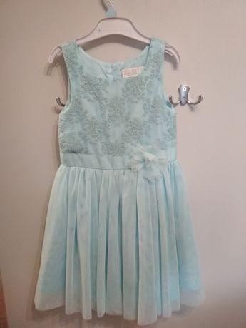 Niebieska, krótka, sukienka na specjalne okazje