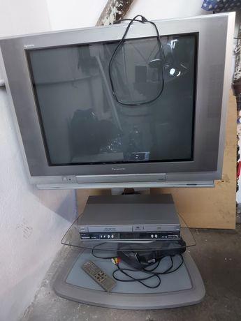 Telewizor z wideo odtwarzaczem