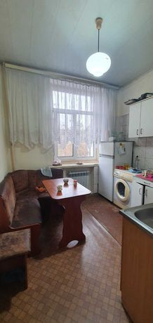 Продам 2-х комнатную квартиру в Цетре Города с АО