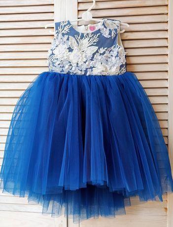 Праздничное нарядное платье 2-3 года