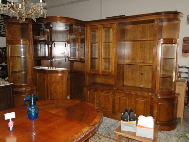 Móvel bar de canto em madeira - óptimo estado e qualidade