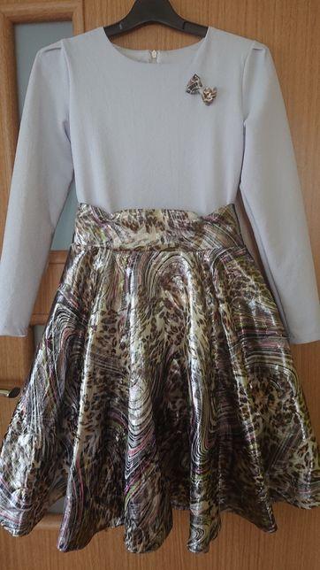 sukienka błyszcząca r 152