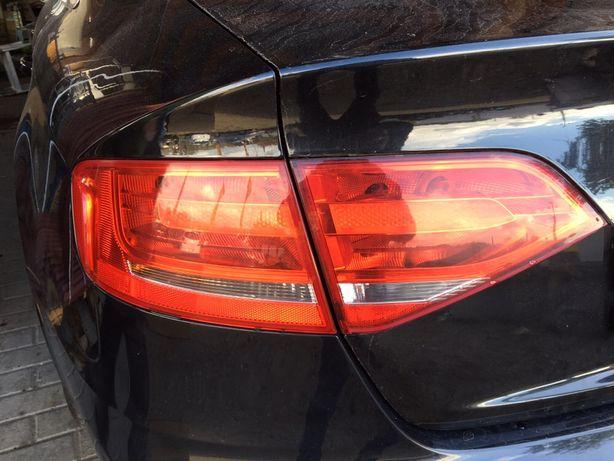 Lampa tył lewa narożna + klapa AUDI A4 B8 oryginał