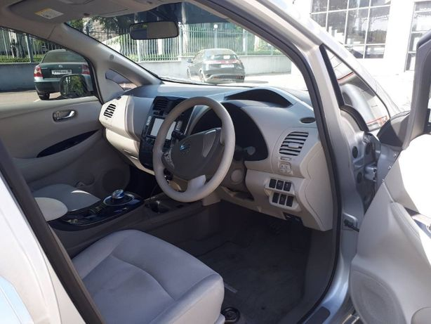 Продаю электромобиль Nissan Leaf 2011