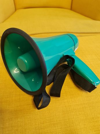 Zielony Megafon z kompletem baterii