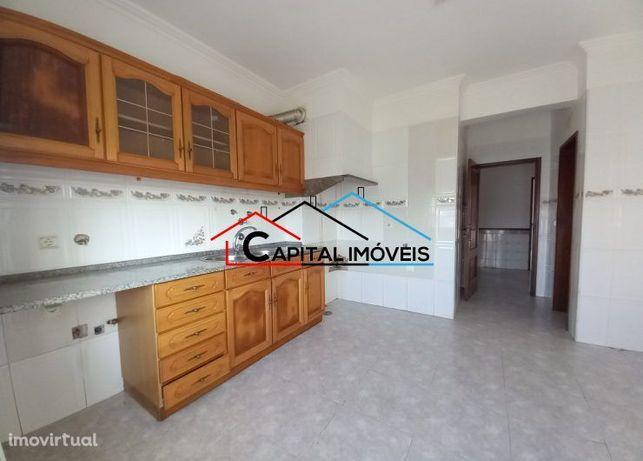 Apartamento T2 - 2º andar - Afonseiro - Montijo