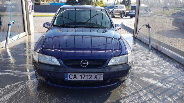 Опель Вектра Б 2.0 / Opel Vectra b 2.0 АКПП, Максимальная комплектация