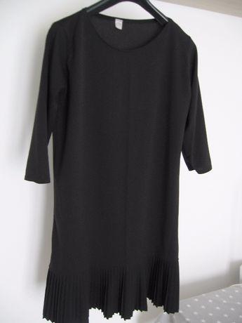 Mała czarna sukienka plisowana mini 38/40