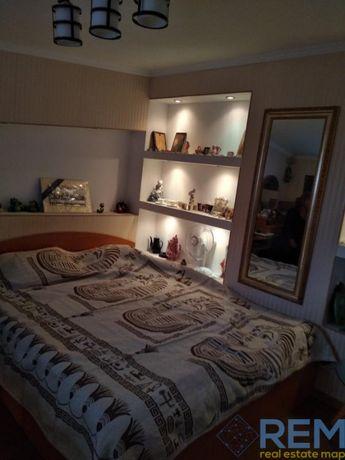 2-х комнатная квартира в двух уровнях в центре