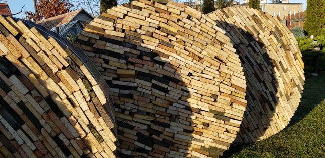 Drewno opałowe suche deski w  wiązkach