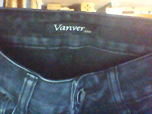 Продам джинсы на мальчика SIZE 25. От фирмы Vanver