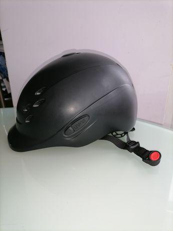 Шлем UVEX 49-54 см