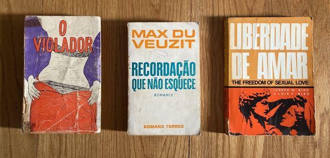 Vários livros antigos