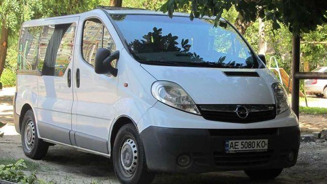 Микроавтобус OPEL Vivaro пасс. 2007