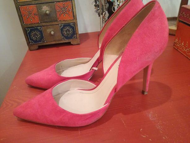 Sapatos abertos rosa forte da Mango