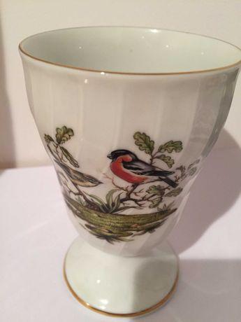 Flakonik , porcelana z motywem ptaszka, Royal Tettau Bavaria,