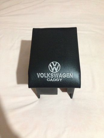 Підлокітник на WV Caddy