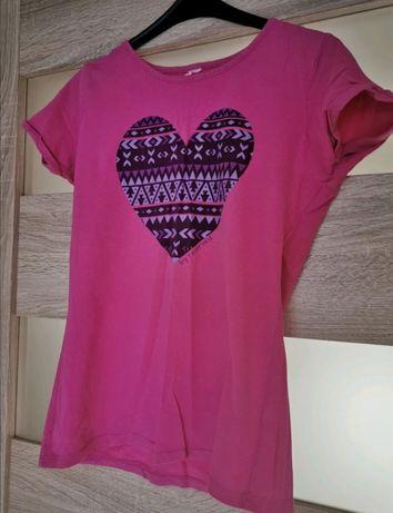 Różowa bluzka z nadrukiem