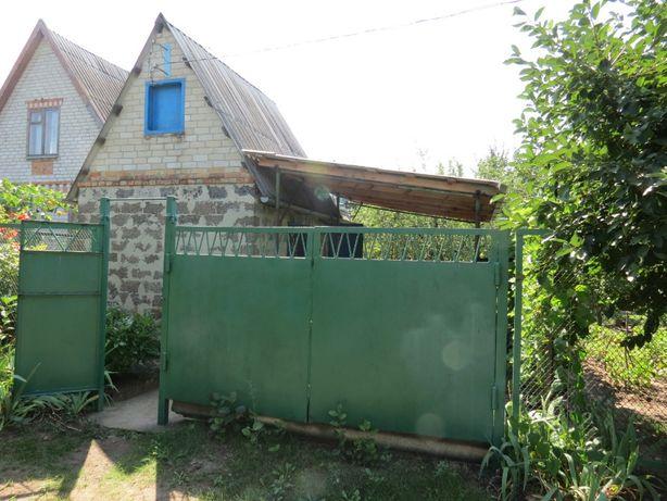 Дачный участок вместе с домиком